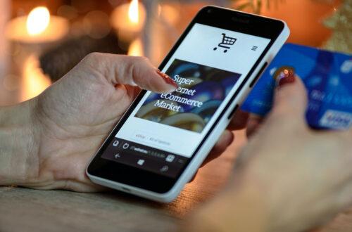 出店者と利用者のトラブルについて、オンラインショッピングモールの運営者は責任を負うか?